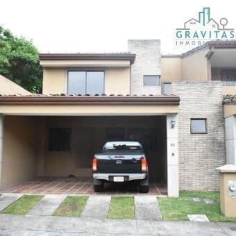 Casa de 3 Habitaciones en Colonia del Roble Guayabos ID-118