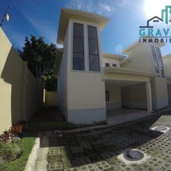 Casa Nueva! de 4 Habitaciones en Granadilla Altamonte ID-116