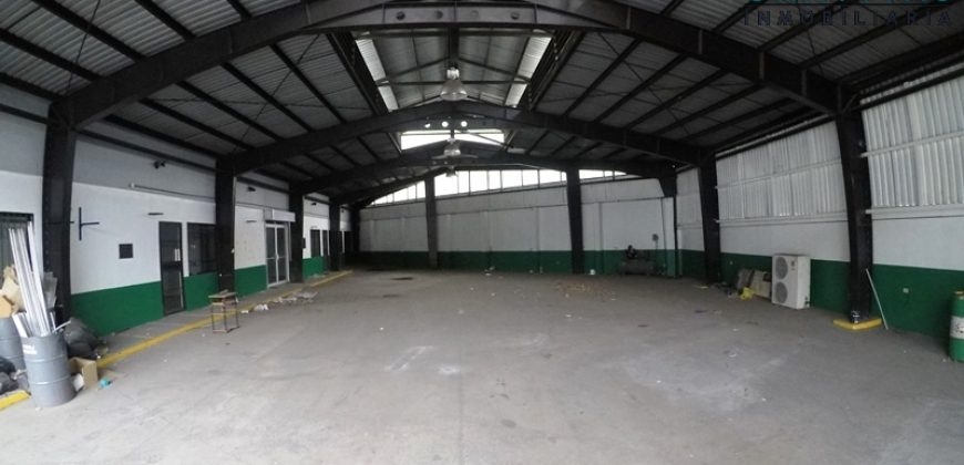 Local Comercial de 700m2 frente a Calle Principal Curridabat ID148