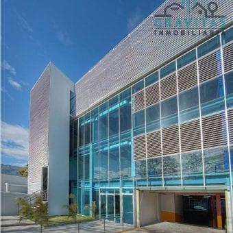 Edificio de 7469m2 en Pozos Santa Ana ID-231
