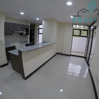 Apartamento de 3 habitaciones en Pinares ID-195