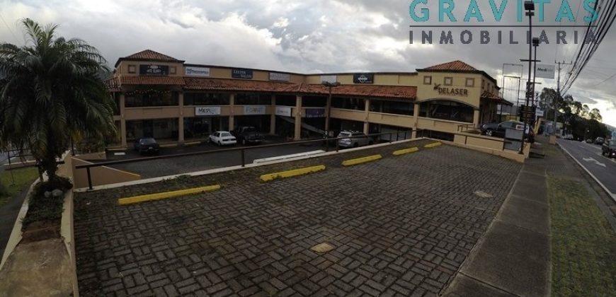 Locales de 54m2 en Plaza Rainbow Pinares ID-194
