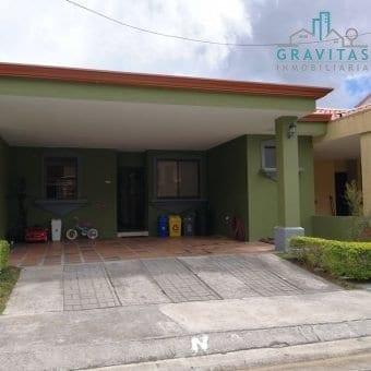 Casa en Condominio Arandas San Pedro
