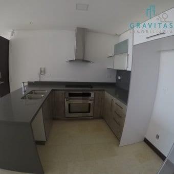 Apartamento en Torre de 3 Habitaciones en Rohrmoser