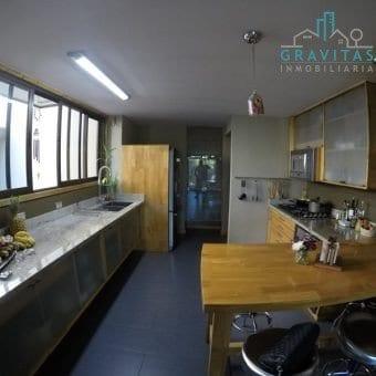 Apartamento de lujo en Cedros Sabanilla ID-366