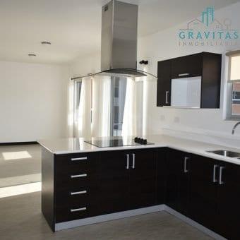 Apartamento en Río Oro Santa Ana ID-406