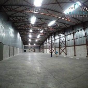 Bodega Industrial de 440m2 en Ochomogo de Cartago