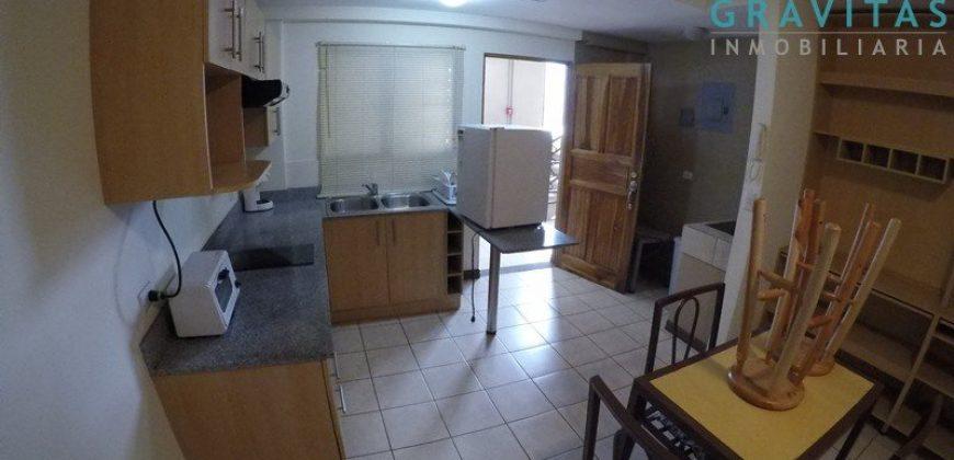 Apartamento Semi-amoblado de 1 Habitación en La California