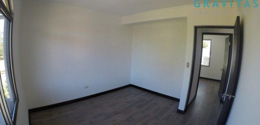 Casa Contemporánea en Lindora / en Condominio/Moderna