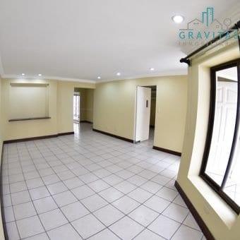 Casa en San Pedro/Independiente/en Residencial/Seguridad 24-7