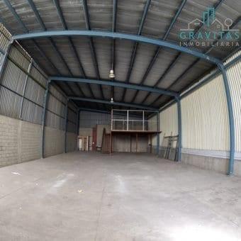 Bodega de 300m2 en Complejo industrial Pavas / Seguridad 24-7.