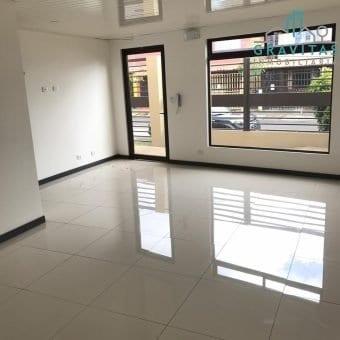 Oficina de 30 m2 | Tibas | Residencial con seguridad 24/7