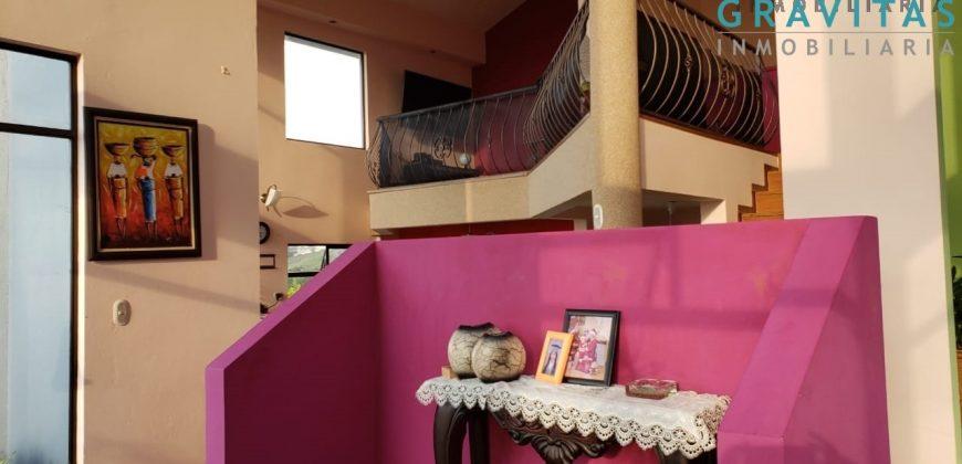 hermosa casa en porvenir de ciudad quesada, San Carlos