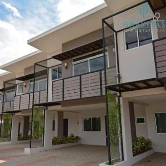 Casa en Santa Ana Condominio SolPark ID-557