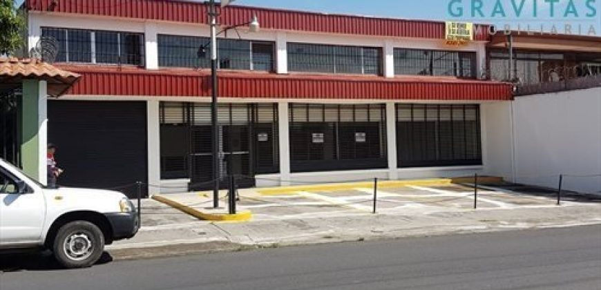 LOCAL COMERCIAL CON OFICINAS EN DESAMPARADOS CENTRO