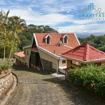 Se vende casa de lujo con vista en Alajuela | terreno 5385m2