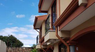 Se alquila Apartamento en La Guaria de Moravia | 2 hab | parqueo