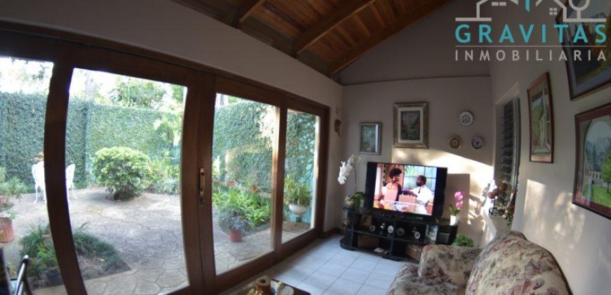 Casa en San Pedro Independiente ID-651