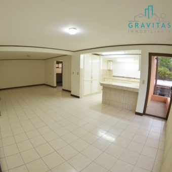 Apartamento en Pinares 3 Hab ID 704