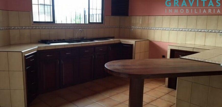 Alquiler Hermosa Casa en Ciudad Quesada LV-116