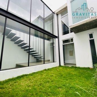 Moderna Casa en Freses Curridabat ID-745