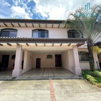 Condominio en Trejos Escazu con patio ID – 820