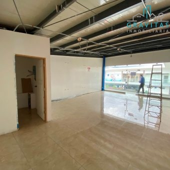 Local Comercial en Plaza Pinares Curridabat, 60 m2 ID 856