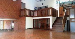 Casa con Uso Comercial en Barrio Dent ID 897